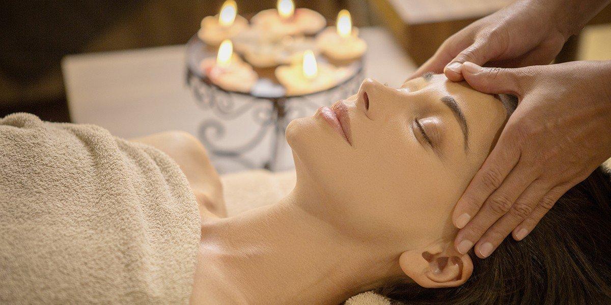 коледен подарък, масаж, ваучер за масаж, подарете масаж