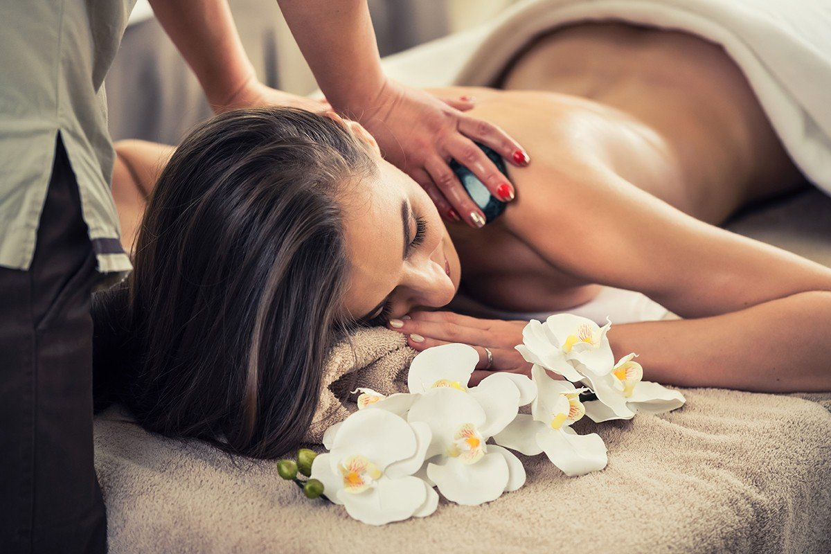 масаж с вулканични камъни, масаж, масажи, спа, вулканични камъни
