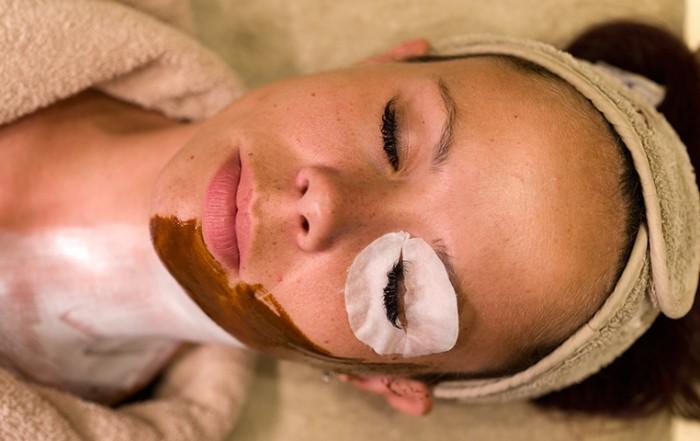 кожата на лицето