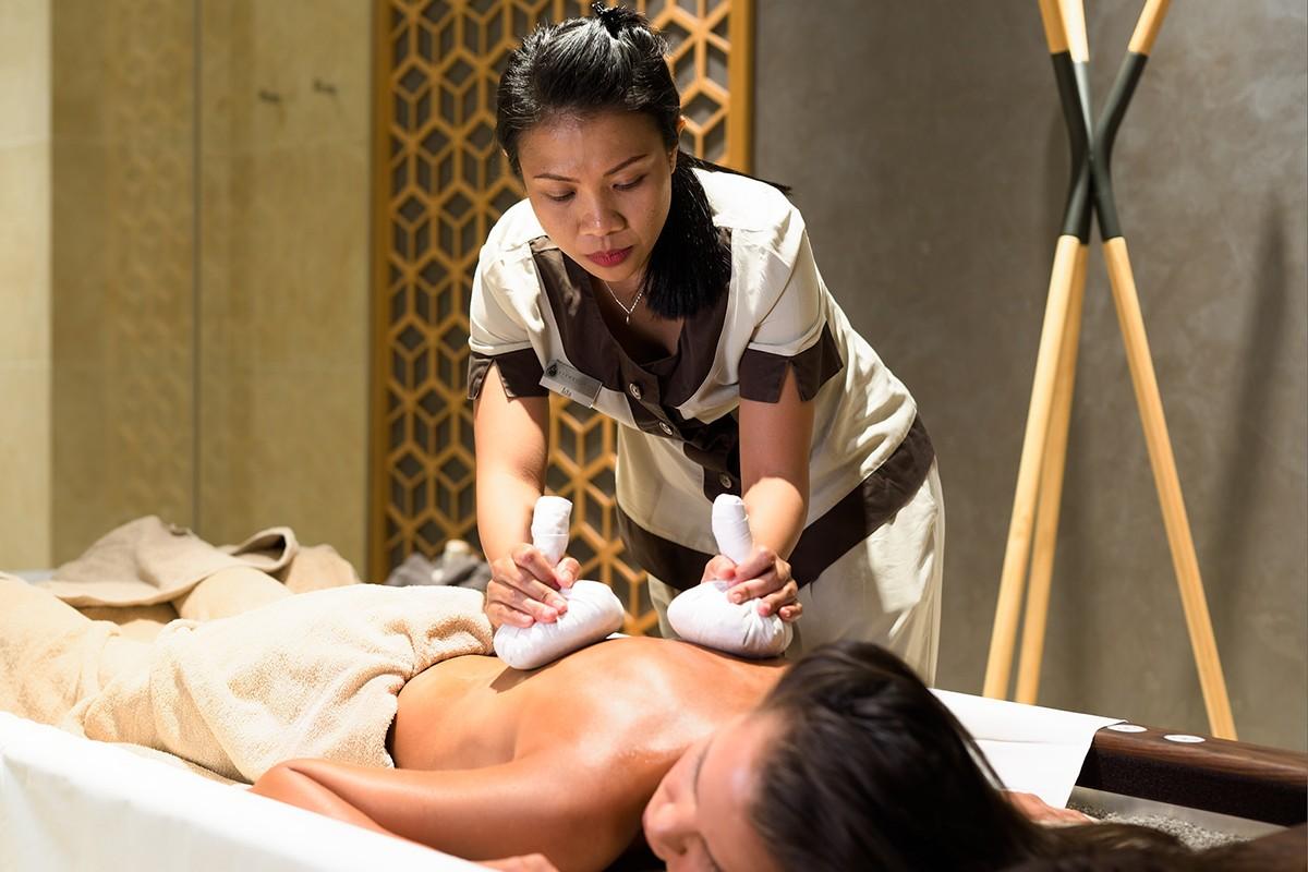 масаж на цяло тяло, масаж софия, масаж против мускулна треска, мускулна треска